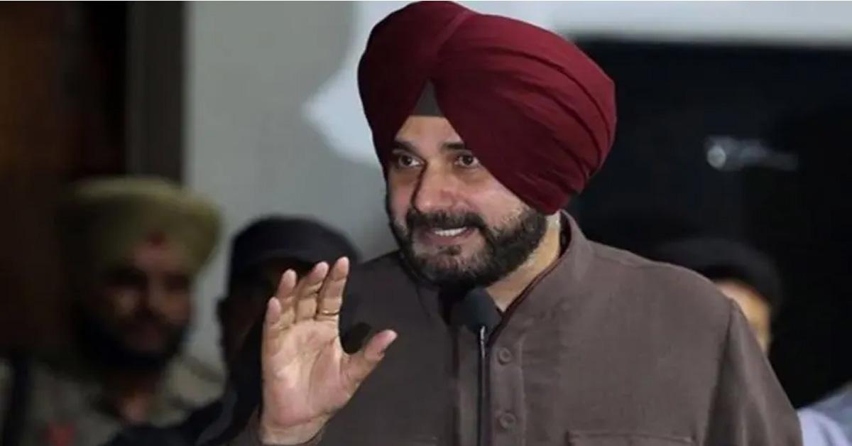 पंजाब कांग्रेस में कलह : CM अमरिंदर सिंह की हरीश रावत से मुलाकात, PCC चीफ से मिले सिद्धू