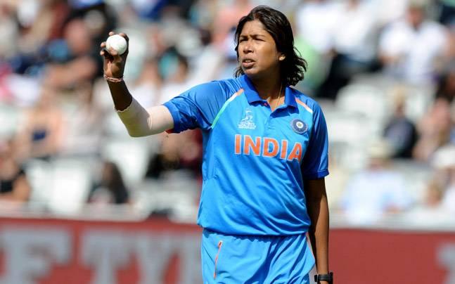 धोनी, सचिन के बायोपिक के बाद अब महिला क्रिकेटर 'झूलन गोस्वामी की 'चाकदह एक्सप्रेस'