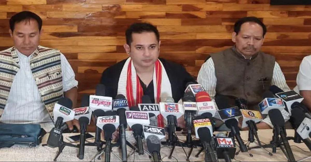 चुनाव से ऐन पहले BJP को बड़ा झटका, IPFT ने त्रिपुरा रॉयल से मिलाया हाथ, अलग राज्य की मांग