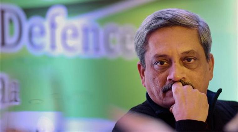 बीफ बयान के बाद विश्व हिंदू परिषद ने मांगा मनोहर पर्रिकर का इस्तीफा