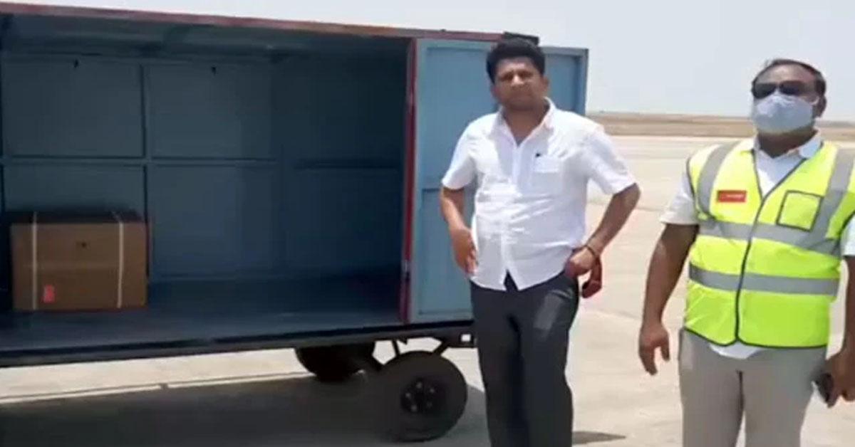 रेमडेसिविर के 10 हजार इंजेक्शन लेकर अपने संसदीय क्षेत्र पहुंचे BJP सांसद, HC में याचिका दाखिल