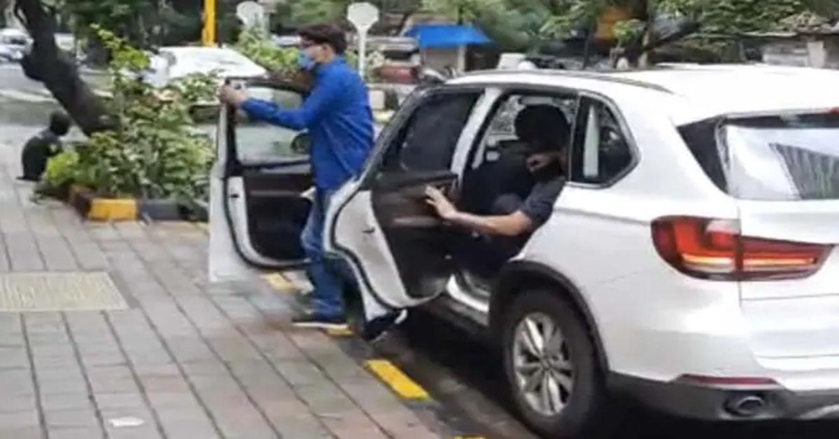सुशांत सिंह राजपूत केस की जांच 'पटना पुलिस VS मुंबई पुलिस' में उलझ रही है?