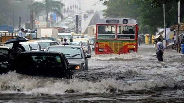 मुंबई में एक बार फिर बारिश का कहर जारी, हाई टाइड अलर्ट