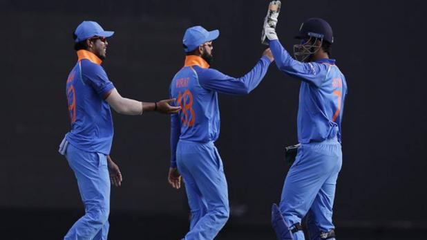 IND vs WI: धोनी की शानदार पारी ने कोहली को दिलाई 'विराट' जीत