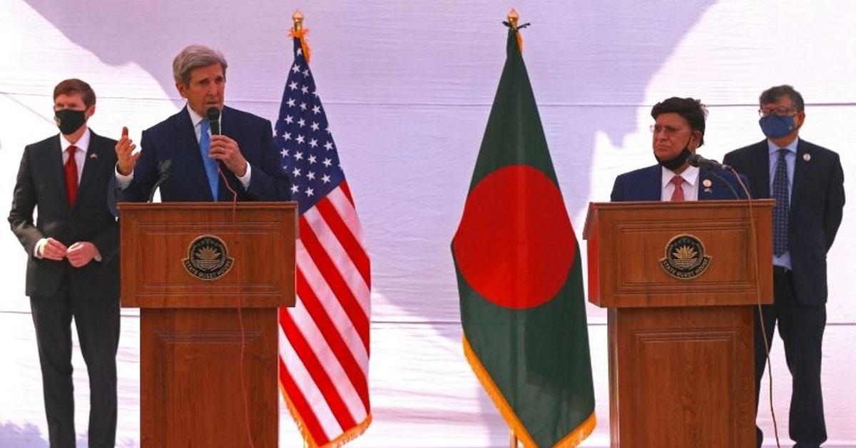 अमेरिका के विशेष दूत जॉन केरी पहुंचे बांग्लादेश, जलवायु परिवर्तन की चुनौतियों के मुद्दे पर की चर्चा