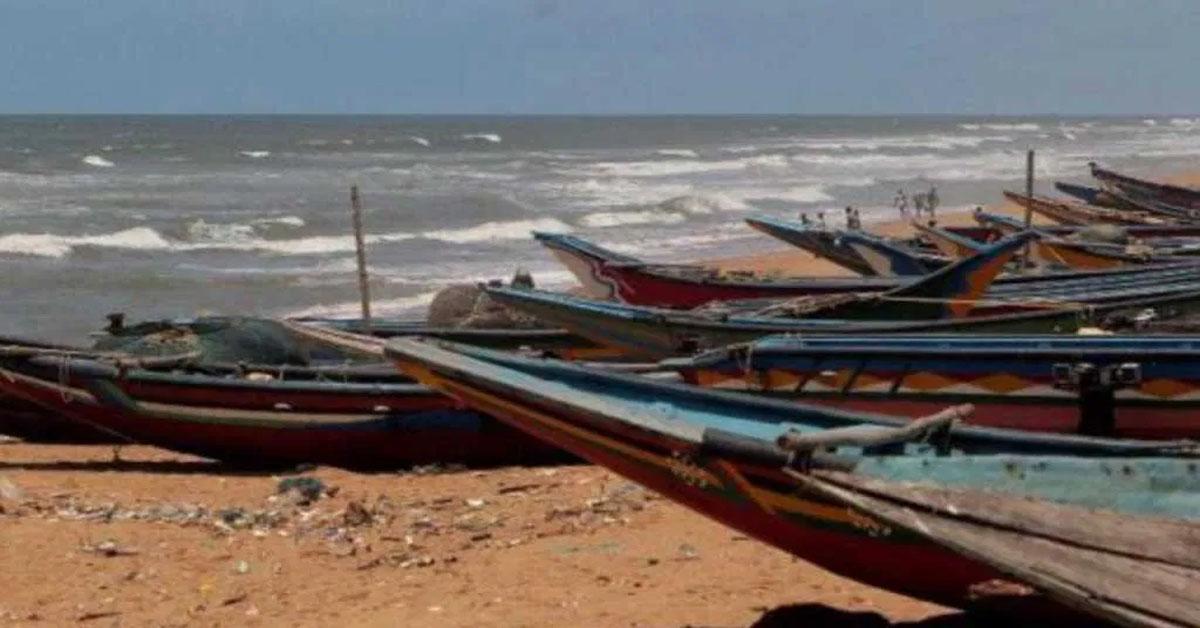 चक्रवात 'अम्फान' अंफन ने कोलकाता में मचाई तबाही