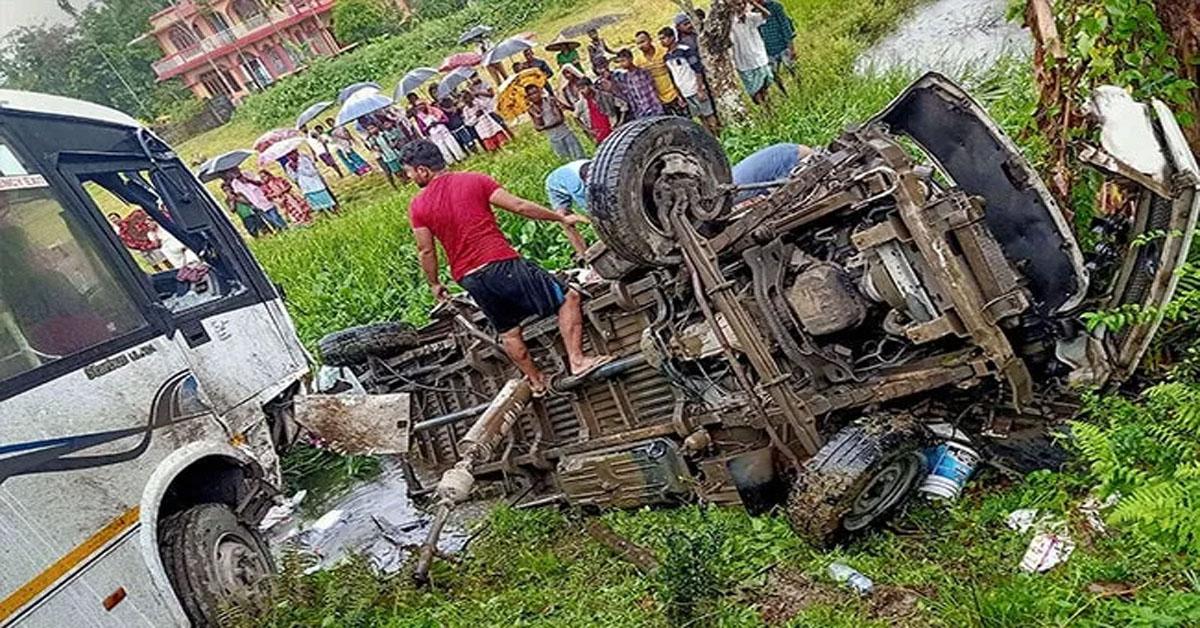 UP: पीलीभीत में रोडवेज बस और बोलेरो की भीषण टक्कर, 9 लोगों की मौत