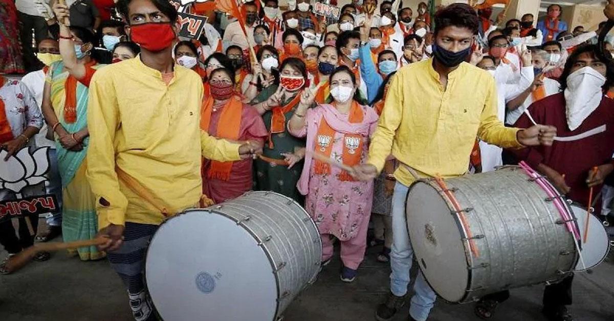 गुजरात की छह नगर निगम चुनाव के शुरुआती रुझानों में भाजपा  आगे