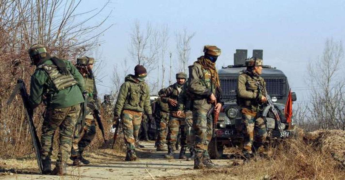 जम्मू-कश्मीर के शोपियां में एनकाउंटर, सुरक्षाबलों ने 3 आतंकियों को किया ढेर