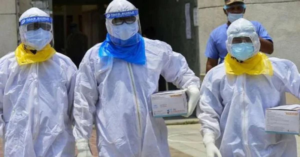 देश में कोरोना वायरस संक्रमण के मामले तीन लाख के पार