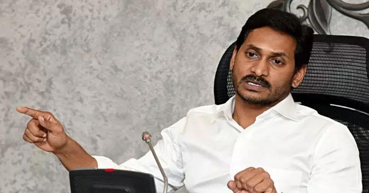 आंध्र प्रदेश के CM ने चीफ जस्टिस को लिखा खत, SC के वरिष्ठ जज के खिलाफ की शिकायत
