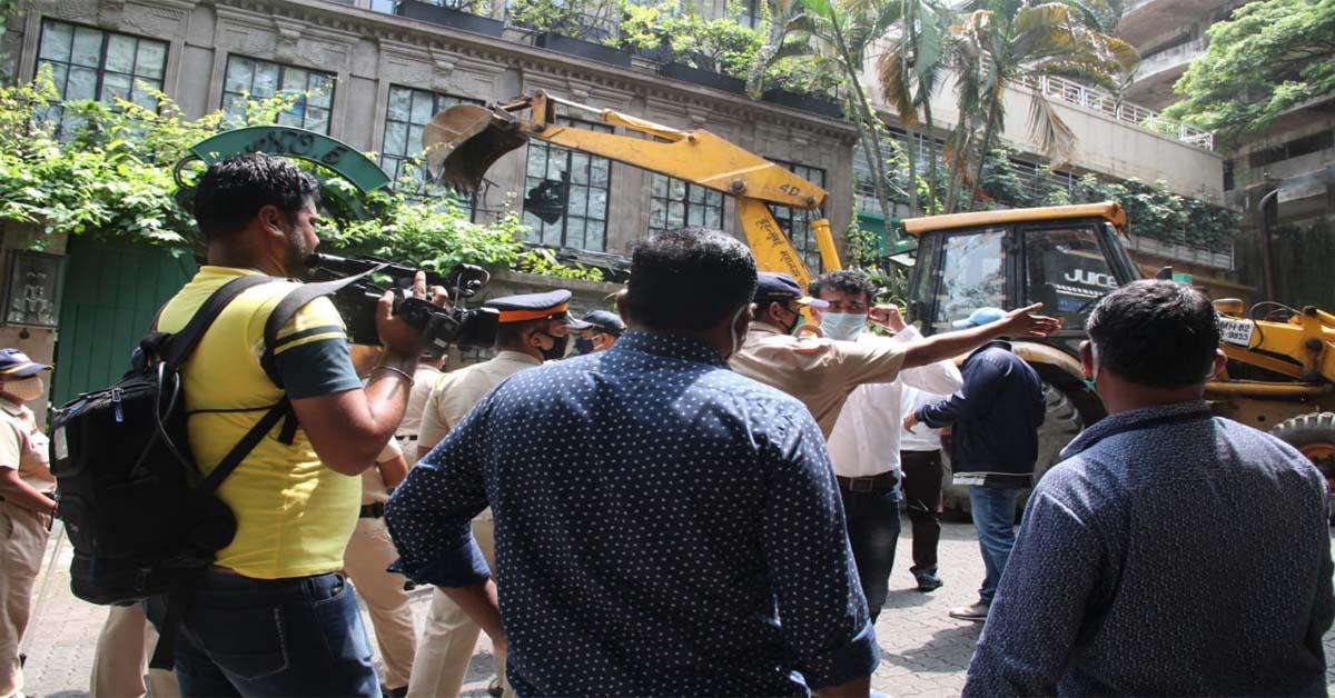 कंगना रनौत ने कहा- मेरे घर में कोई अवैध निर्माण नहीं; BMC की कार्रवाई के खिलाफ पहुंचीं HC