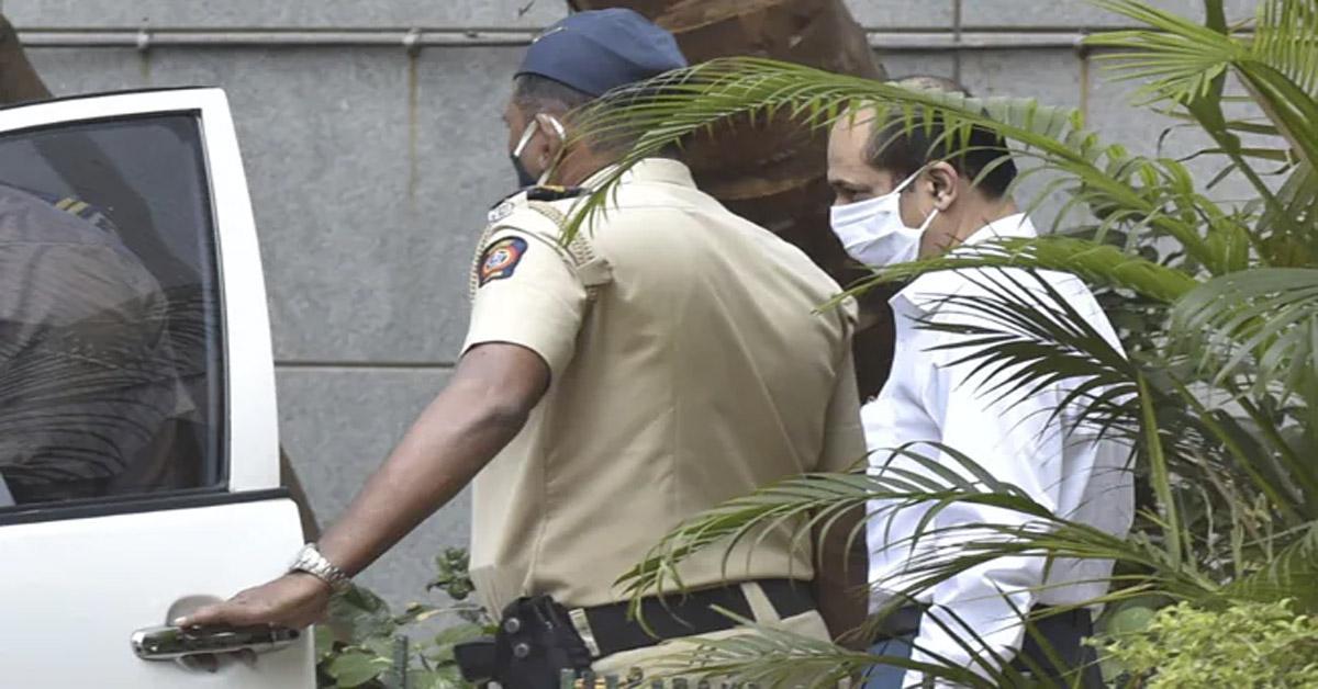 एंटीलिया केस : अंबानी के घर के पास मिले वाहन में रखी विस्फोटक सामग्री सचिन वाजे ने खरीदी थी : रिपोर्ट