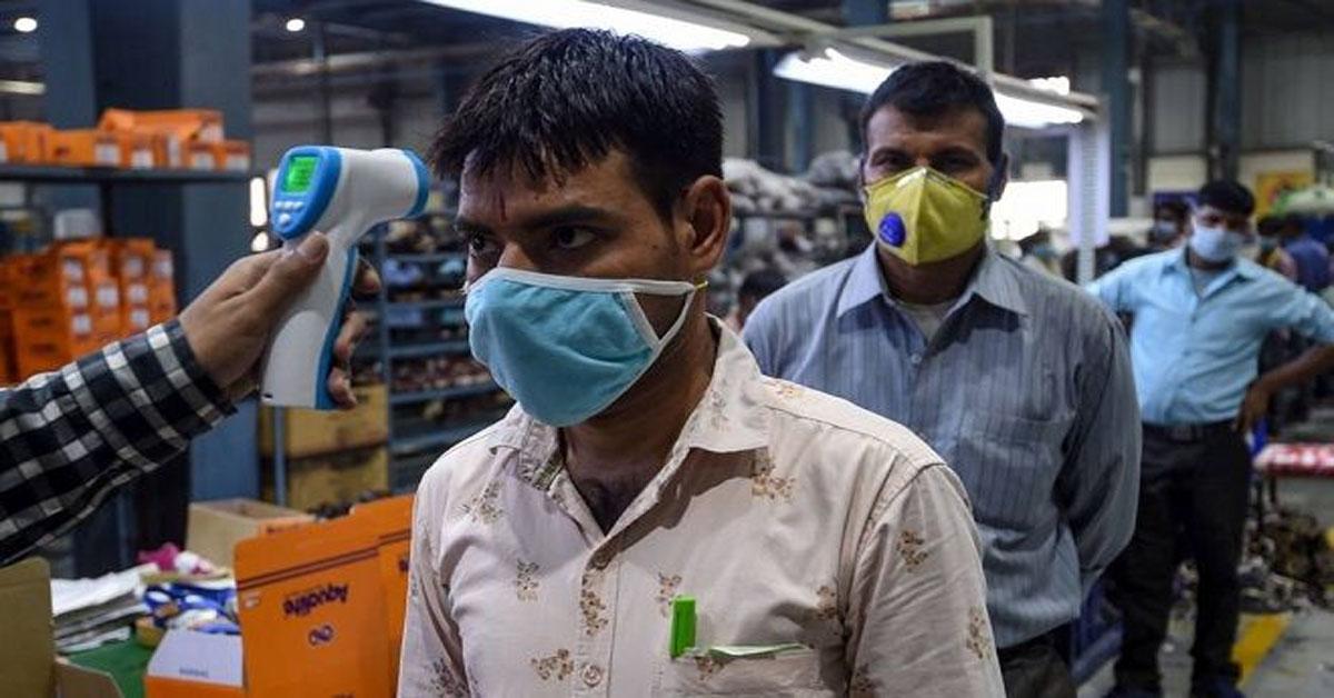 भारत में पिछले 24 घंटे में कोरोना के 63371 नए मामले, 895 की कोरोनावायरस से मौत