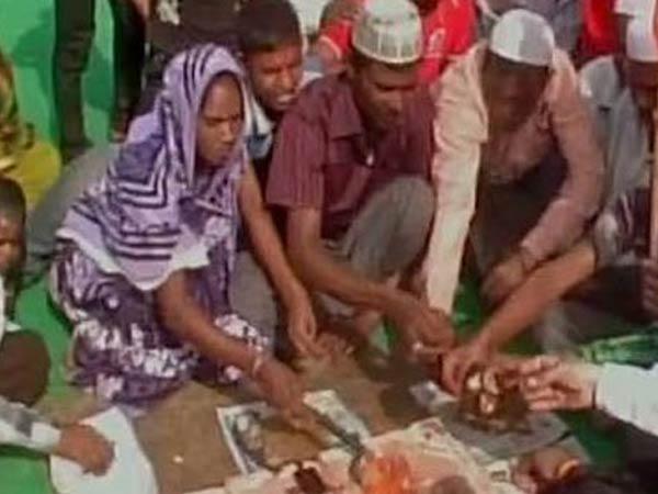 यूपी में बढ़ रहे धर्मांतरण के मामले: दो दर्जन मुस्लिमों ने अपनाया हिंदू धर्म, कहा- हमारे पूर्वज भी हिंदू थे