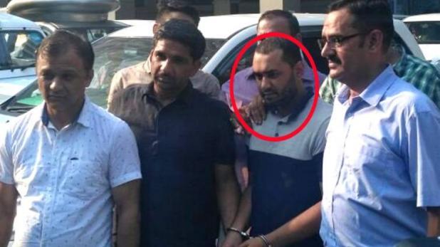 फेसबुक के जरिए लोगों को बर्गला कर आतंकी बनाने वाला आतंकी दिल्ली से गिरफ्तार