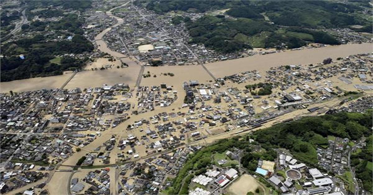 दक्षिणी जापान में भारी बारिश से बाढ़, कई लोग लापता