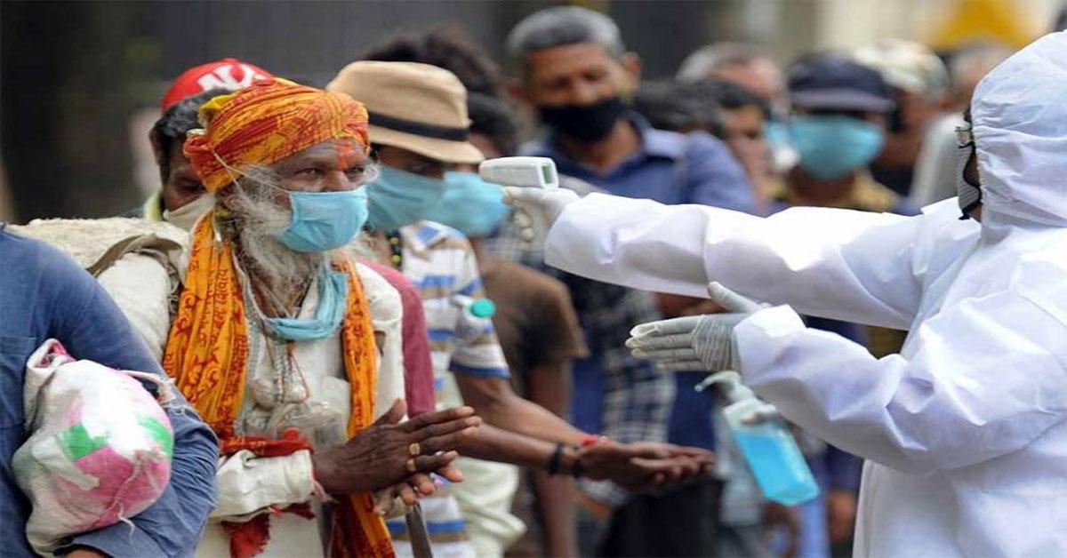 भारत में कोरोनावायरस के कुल केस नौ लाख के पार, एक दिन में 28,498 नए मामले आए सामने